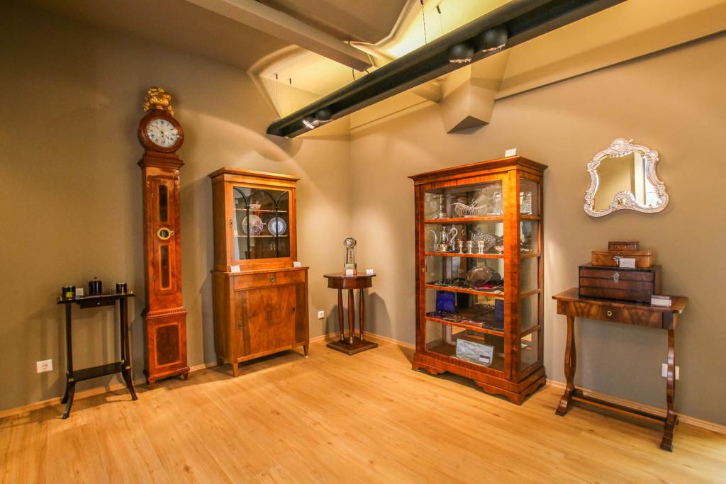 Antiquitäten Wien Wertvolle Schätze Bei Auktioneum