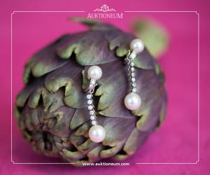 Perlenohrringe mit Diamanten