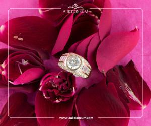 Diamantring mit Diamanten im Baguettschliff und Brillanten
