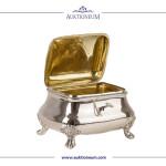 Gut erhaltene Zuckerdose aus Silber, innen in Gold gehalten